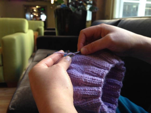 Knitting-hands-1024x768